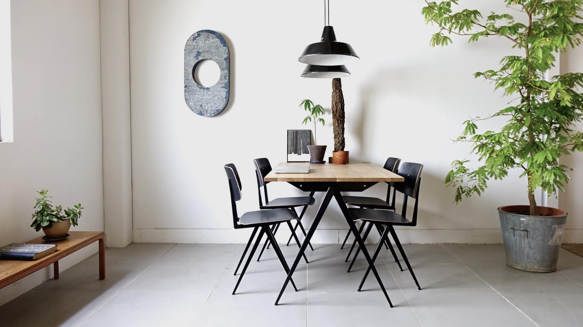 Dining table TD.4