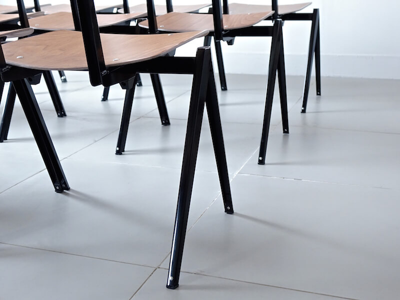 S21 Stacking Chair